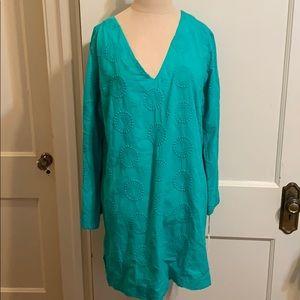 Helen Jon green V-neck embroidered tunic